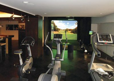 HD_Golf_in_Fitness_Room